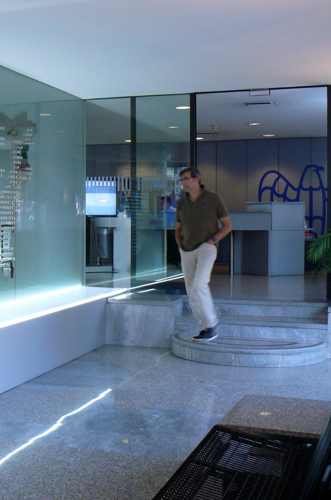 Restyling di interni firma snc for Piani artigiani per lotti stretti