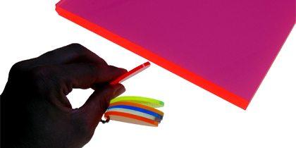 lavorazione-plexiglass-metacrilato-pmma-fluo